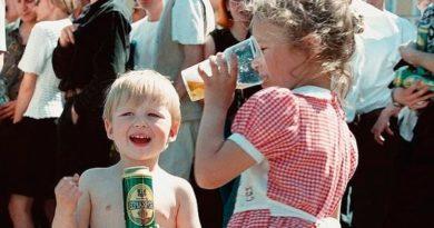 Как пивные компании с детства приучают детей к алкоголю.